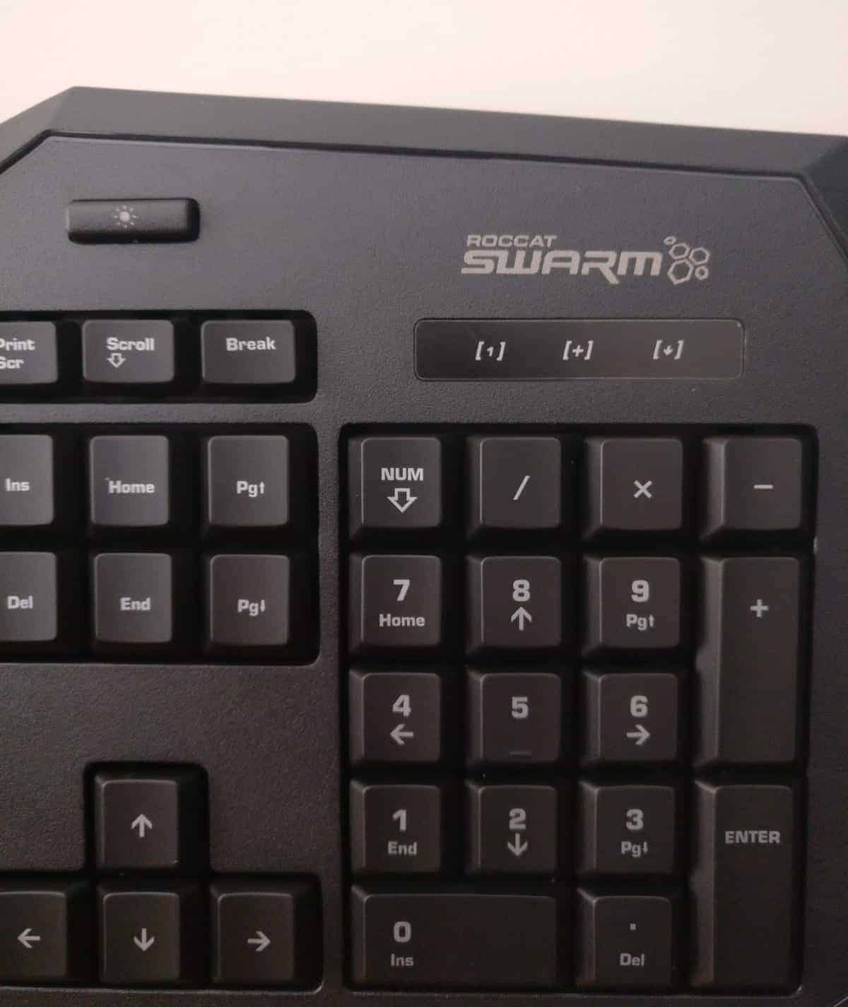 Roccat Isku+ Force FX Gaming Keyboard Review - The Streaming